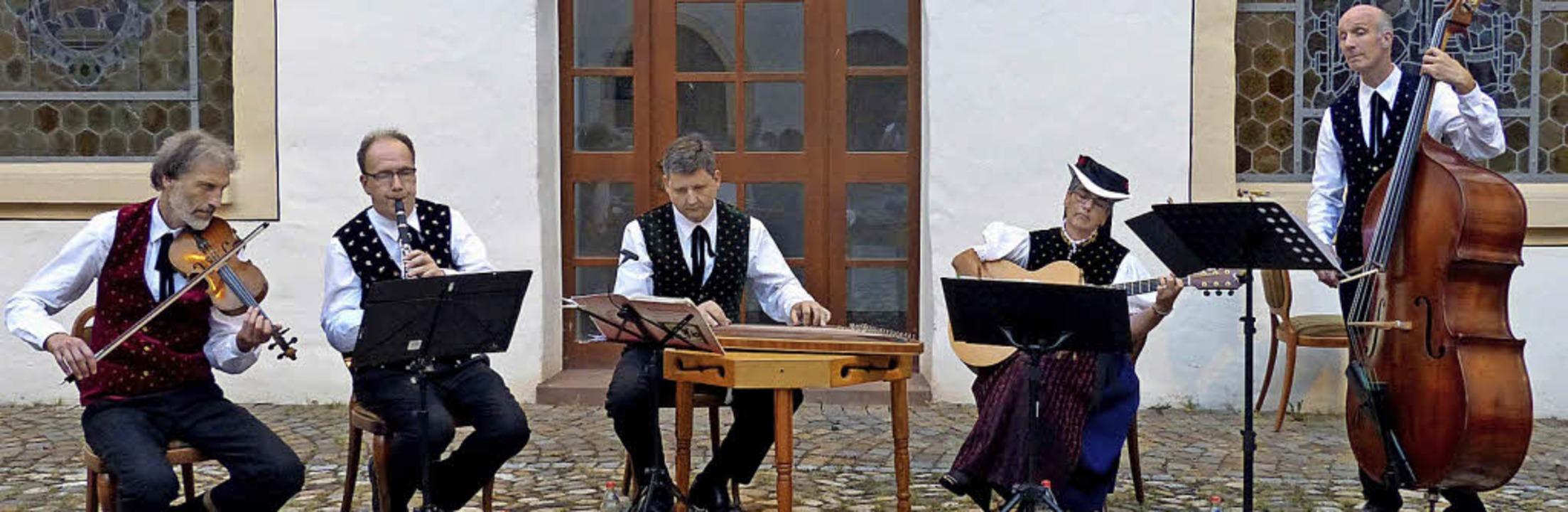 Schwarzwälder Stubenmusik aus St. Peter    Foto: Barbara Odrich-Rees