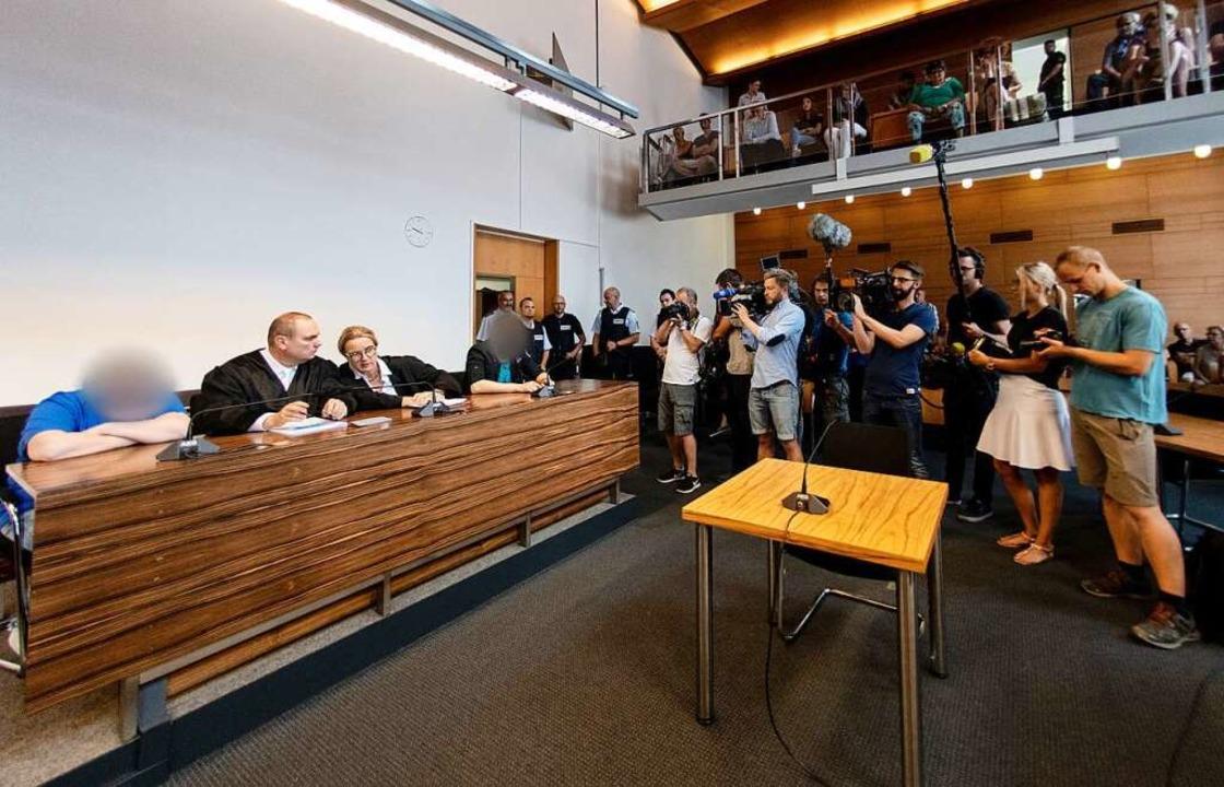 Der Andrang der Medien war zur Urteilsverkündung noch einmal besonders groß.  | Foto: dpa