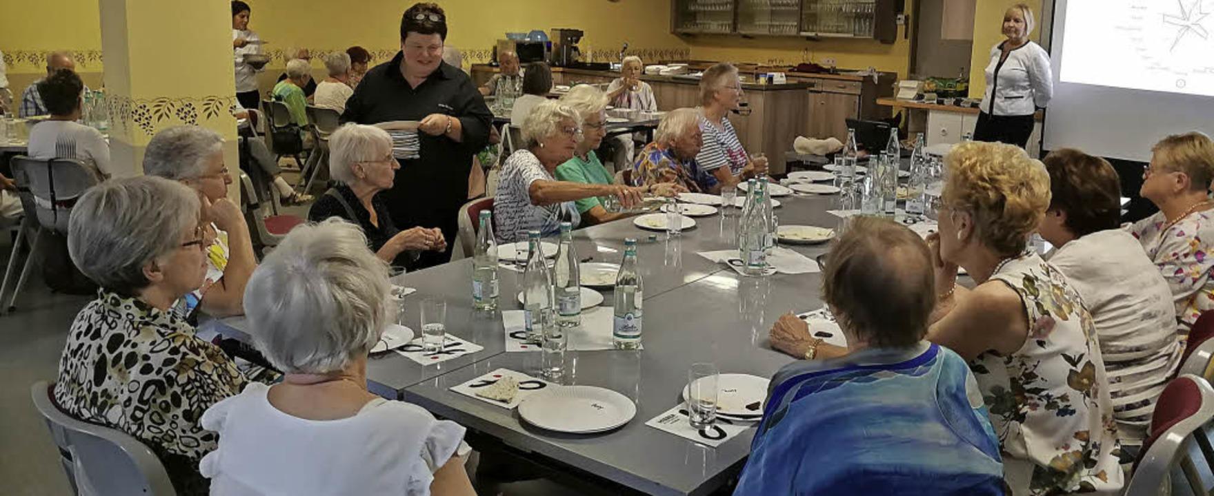 Bei der Seniorensommeraktion zum Thema...#8220;  gab es diese auch zu kosten.    | Foto: Theresa Thiel