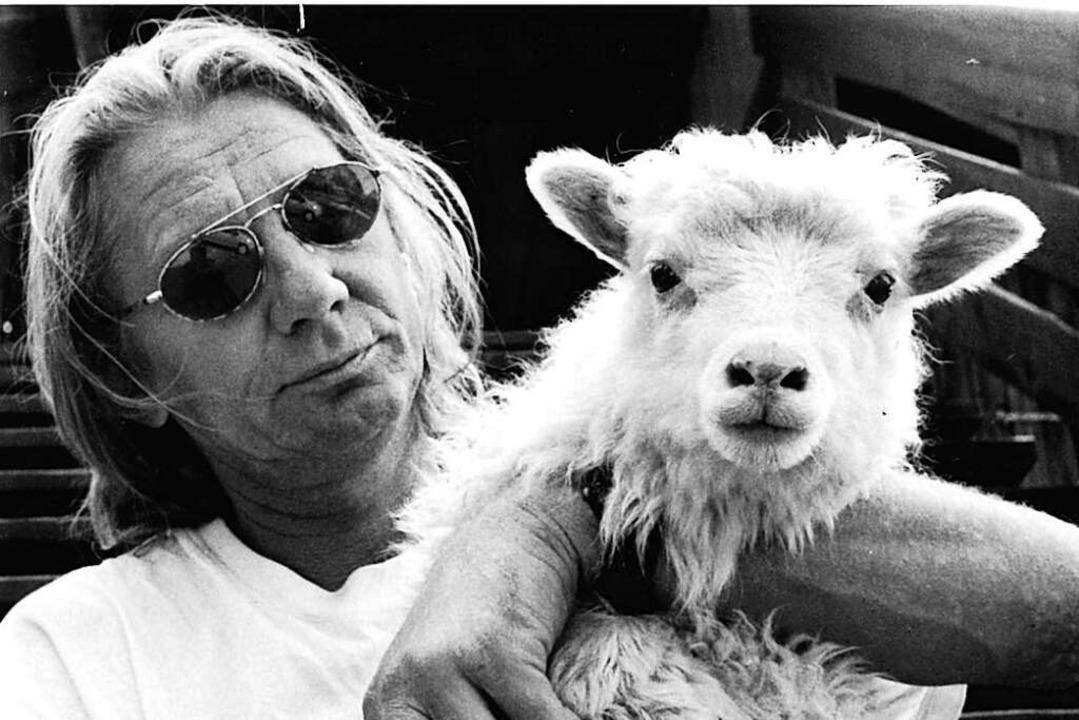 40 Jahre war Peter Mattuscheck Tierpfl...auf dem Mundenhof (Bild aus den 90ern)  | Foto: BZ-Archiv