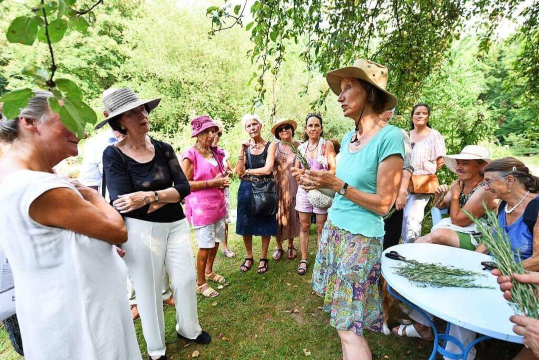 Wenn Marga Baldas-Posavac erzählt, hören alle BZ-Leser gespannt zu.  | Foto: Rita Eggstein