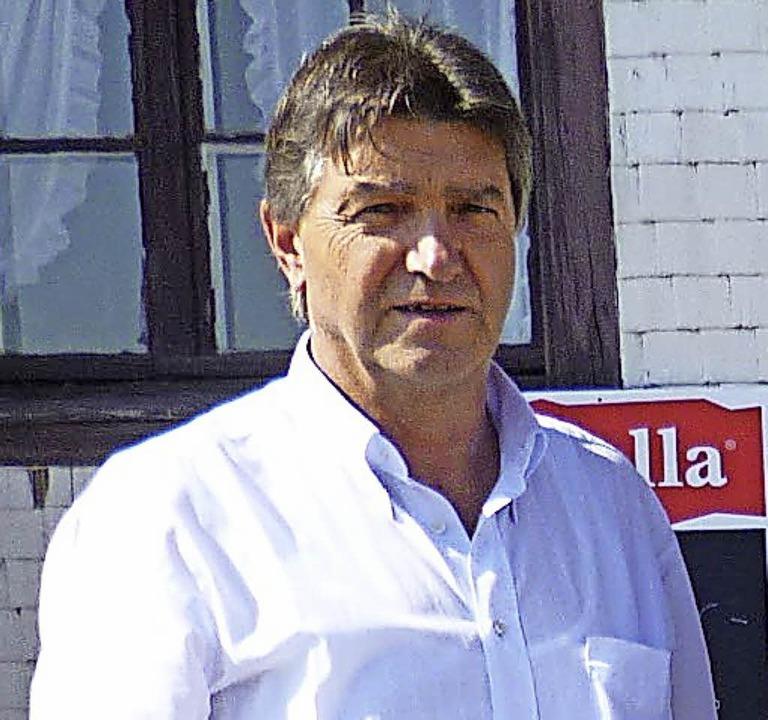 Seilbahnbetreiber Klaus-Peter Rudiger, hier vor dem Belchenhaus  | Foto: ZVG