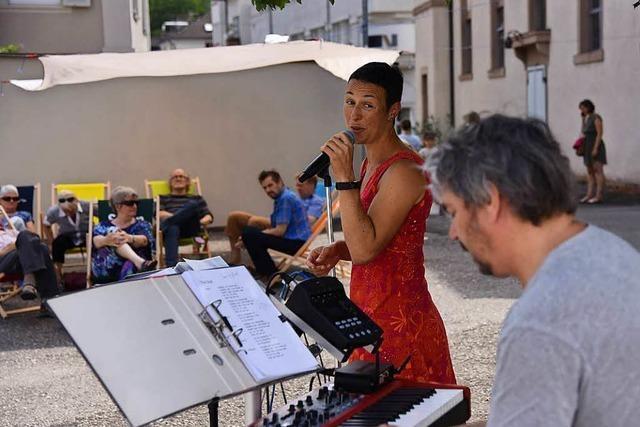 Die Lörracher Suppenküche mit Live-Musik und Liegestühlen