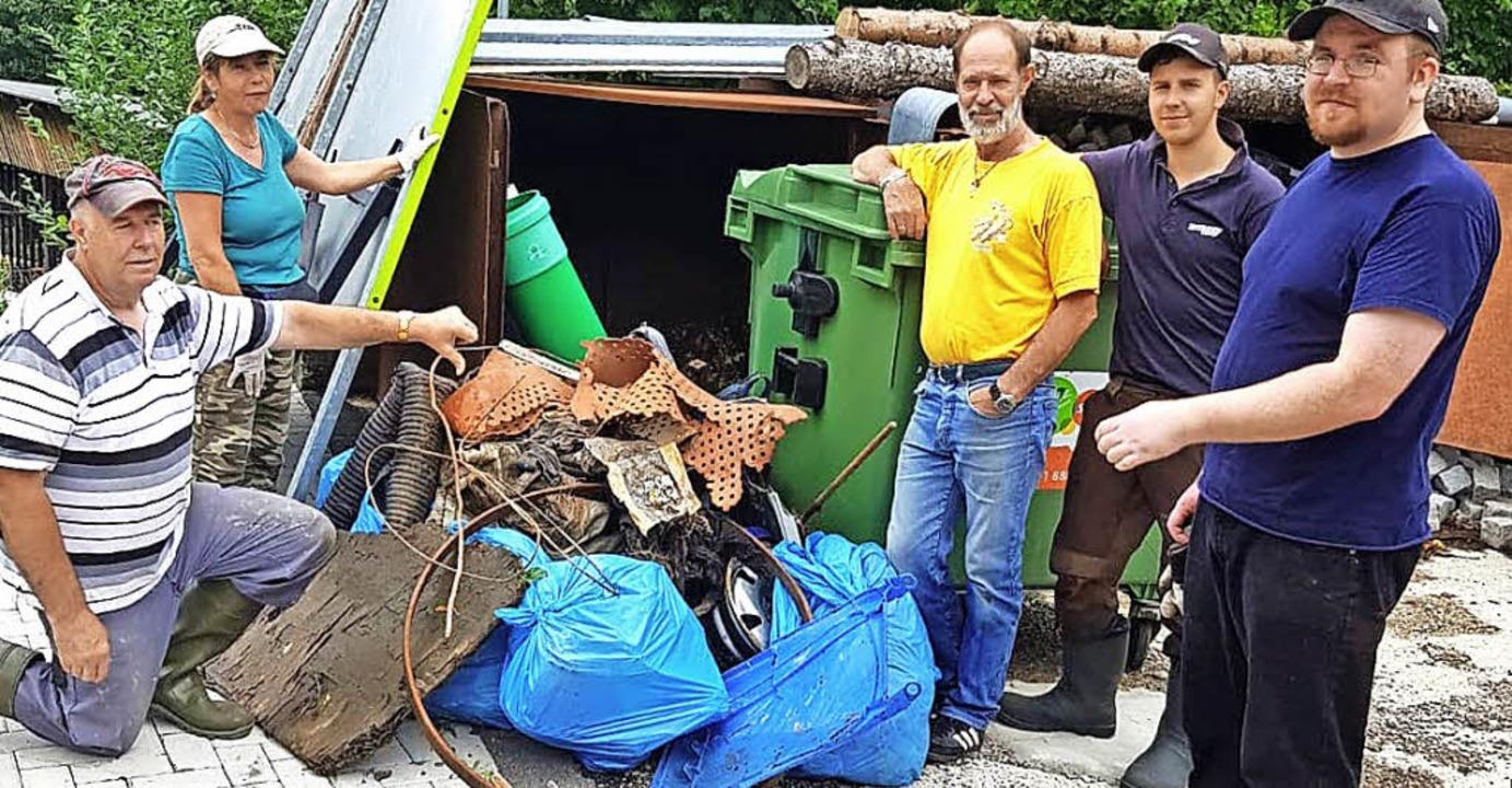 <BZ-FotoAnlauf>Bachputzete in Todtnau:...Der Anglerverein sammelte viel Abfall.  | Foto: Anglerverein Todtnau