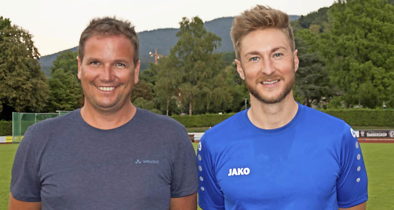 Der neue Trainer Daniel Kreisl (links) und der langjährige Kapitän Lukas Lindl.  | Foto: Helmut Rothermel