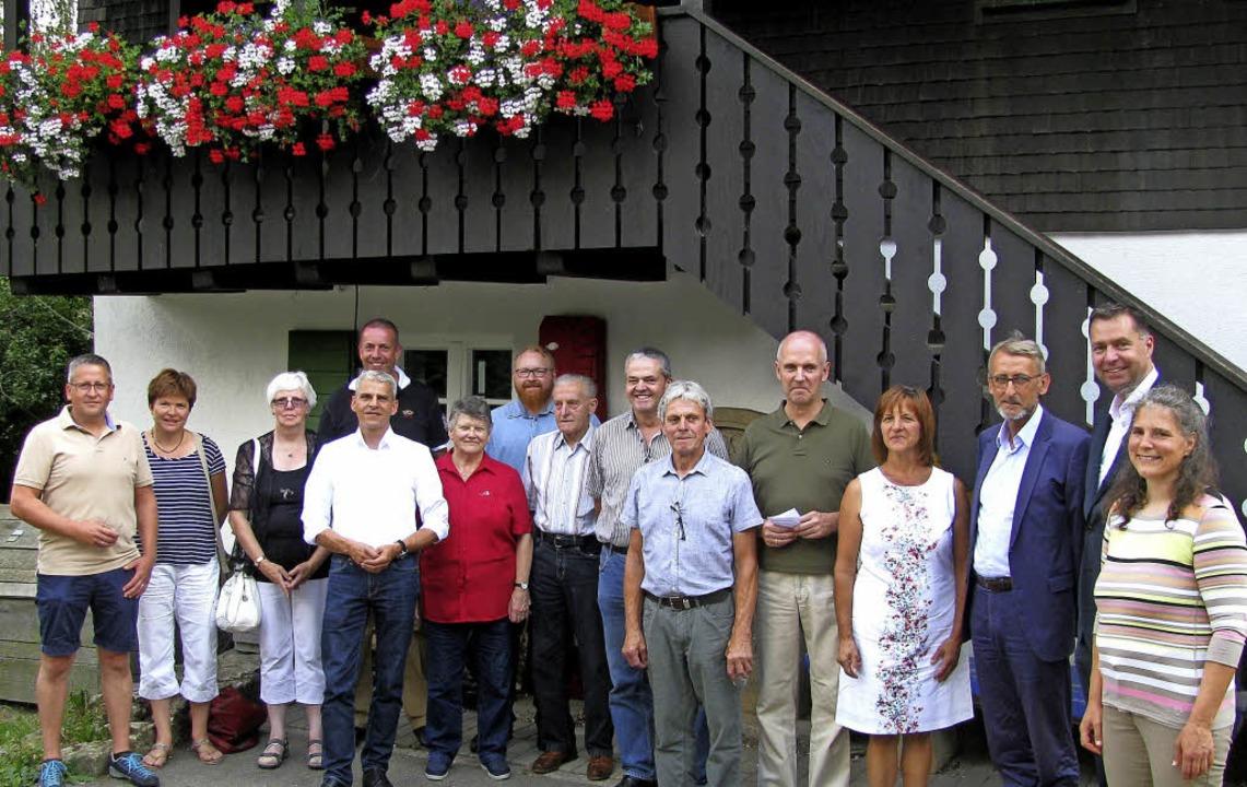 Auf der Suche nach Heimat: Die Stohren...nden Rektorin Ute Rößer (rechts außen)  | Foto: Manfred Lange