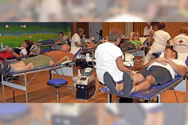 133 Menschen wollen mit ihrer Blutspende helfen