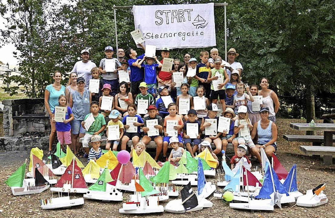 Das Ferienprogramm der Gemeinde kommt ...de gab's das Steuerruderpatent.   | Foto: Team Obermettingen
