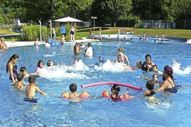 Mehr Spaß und Sicherheit durchs Schwimmen-Lern-Projekt