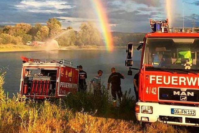 Die Friesenheimer Feuerwehr lässt Fische wieder atmen