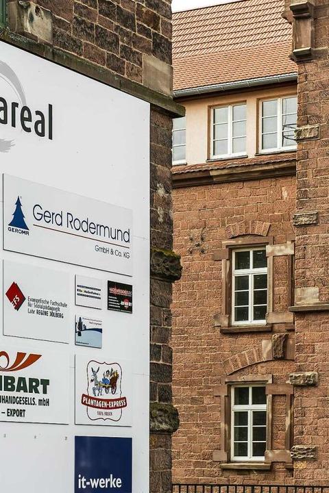 Wandel: Der Industriehof ist Heimat für verschiedene Firmen geworden.  | Foto: Daniel Schoenen