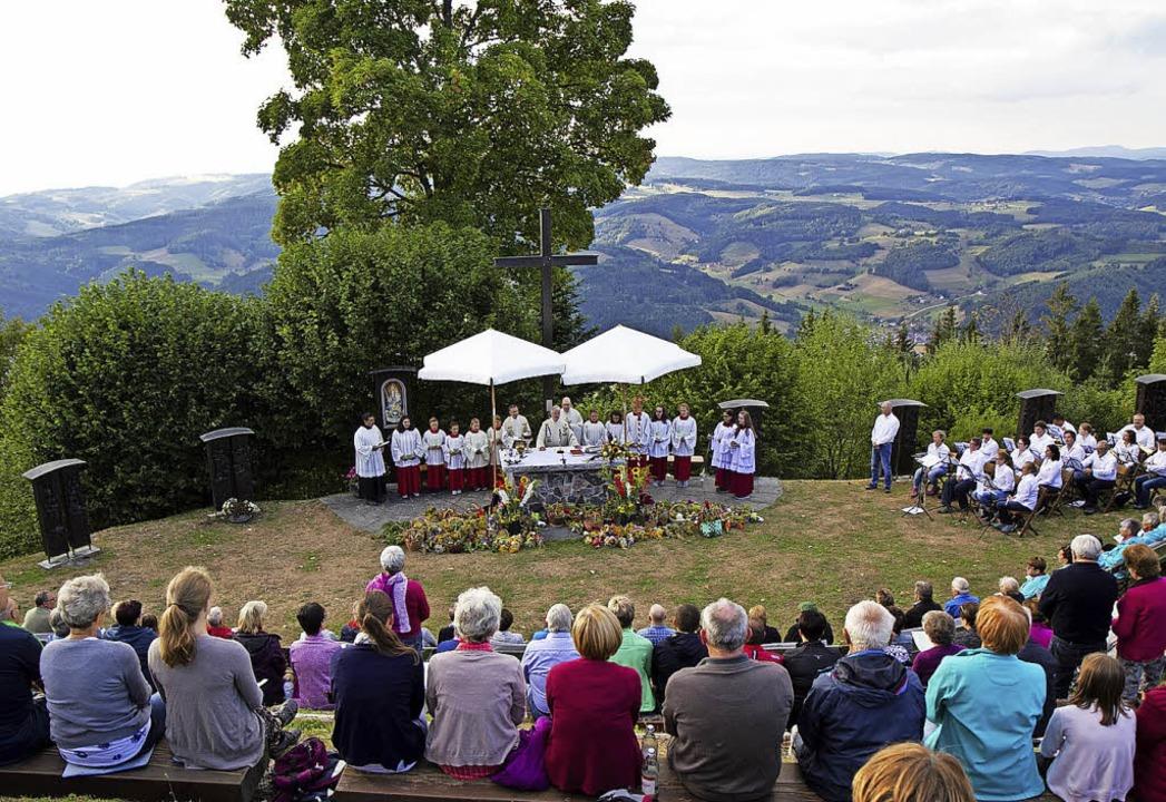 Vorabendmesse zu Mariä Himmelfahrt auf dem Hörnleberg.   | Foto: Fleig