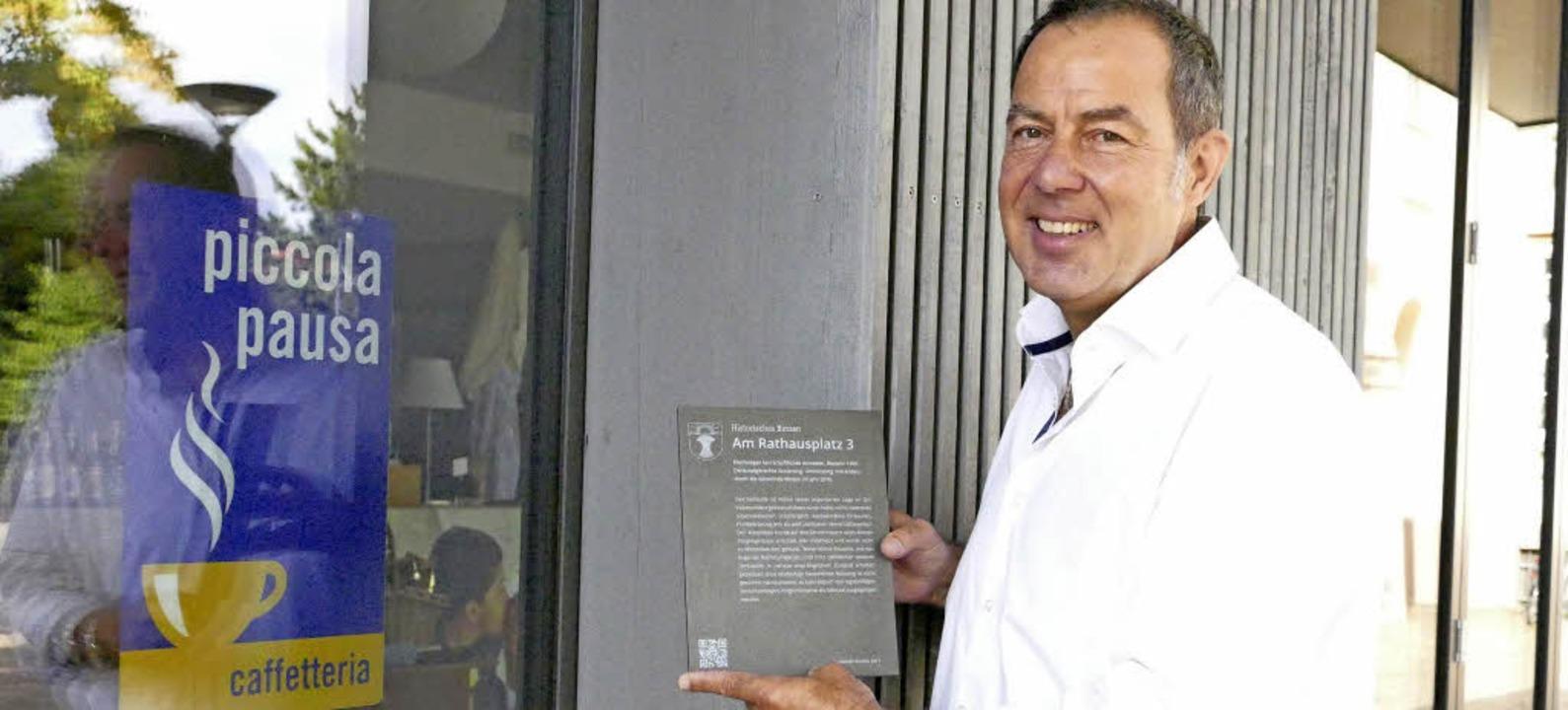 "Bürgermeister Andreas Schneucker mit d...222;piccola pausa"" zu Hause war.    Foto: Markus Maier"
