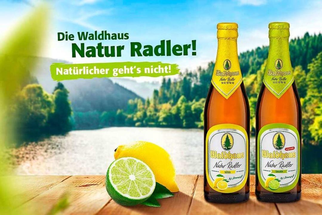 Das erfrischende Naturradler von Waldhaus gibt es in zwei leckeren Varianten.  | Foto: Privatbrauerei Waldhaus
