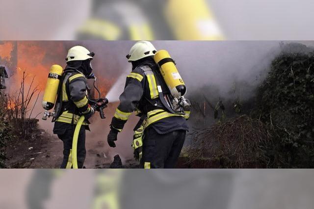 Kanderner Feuerwehr hilft portugiesischen Kollegen mit Gerät