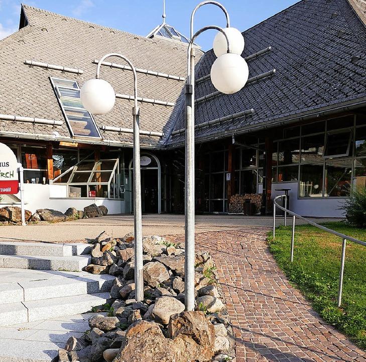 Der Haupteingang am Kurhaus wird neu und behindertengerecht gestaltet.   | Foto: Ralf Morys