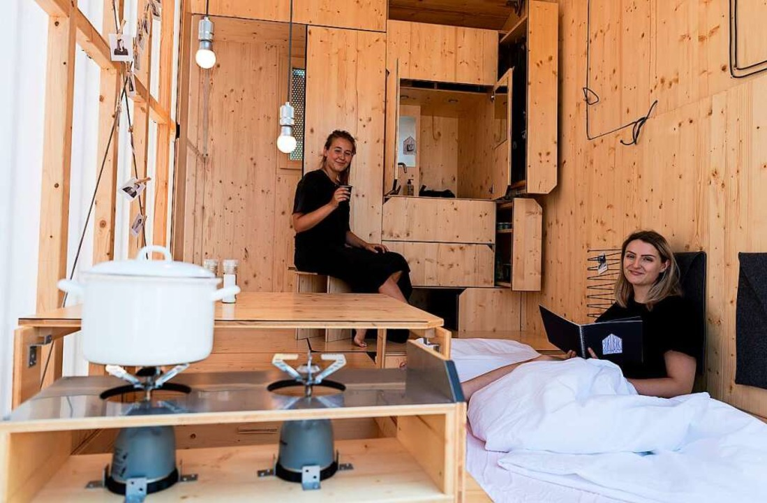 Berliner Architekturstudentinnen  in ihrem Tiny House  | Foto: Monika Skolimowska