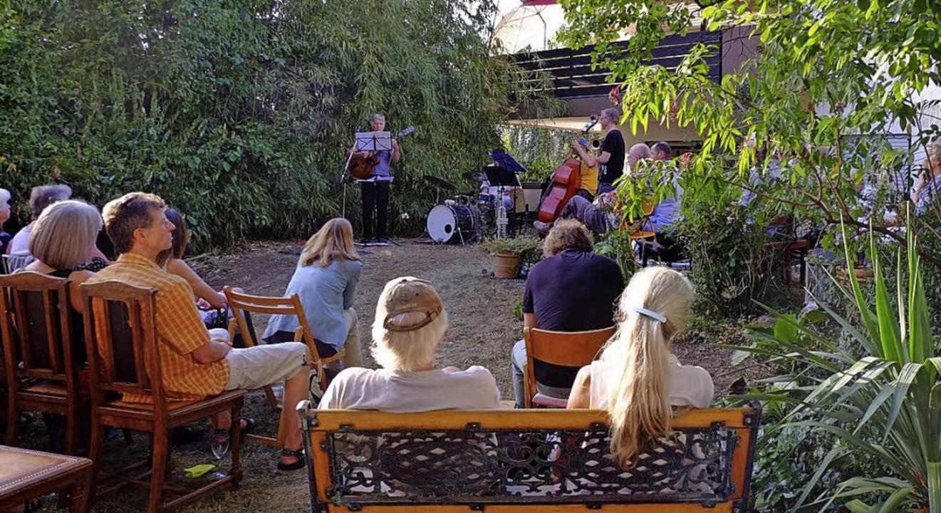 Jazz in den GärtenFreiburg    Foto: Reiner Kobe