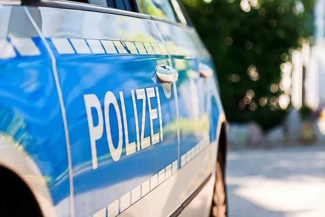 Autos zerstört bei Brand in Rheinfelden
