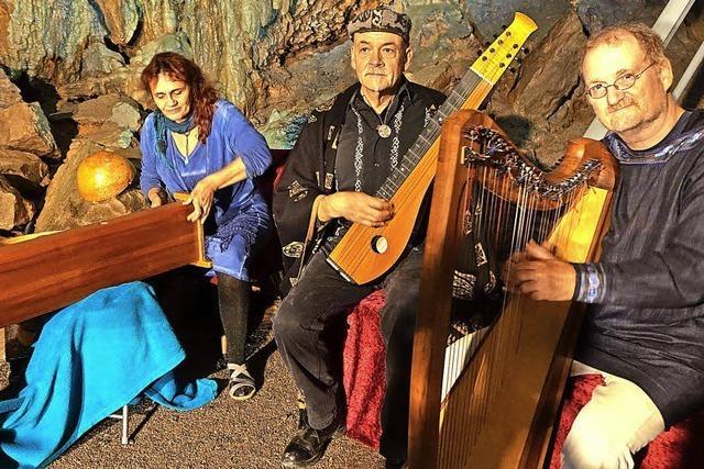 Gesungene Joyce-Gedichte im Höhlen-Dom