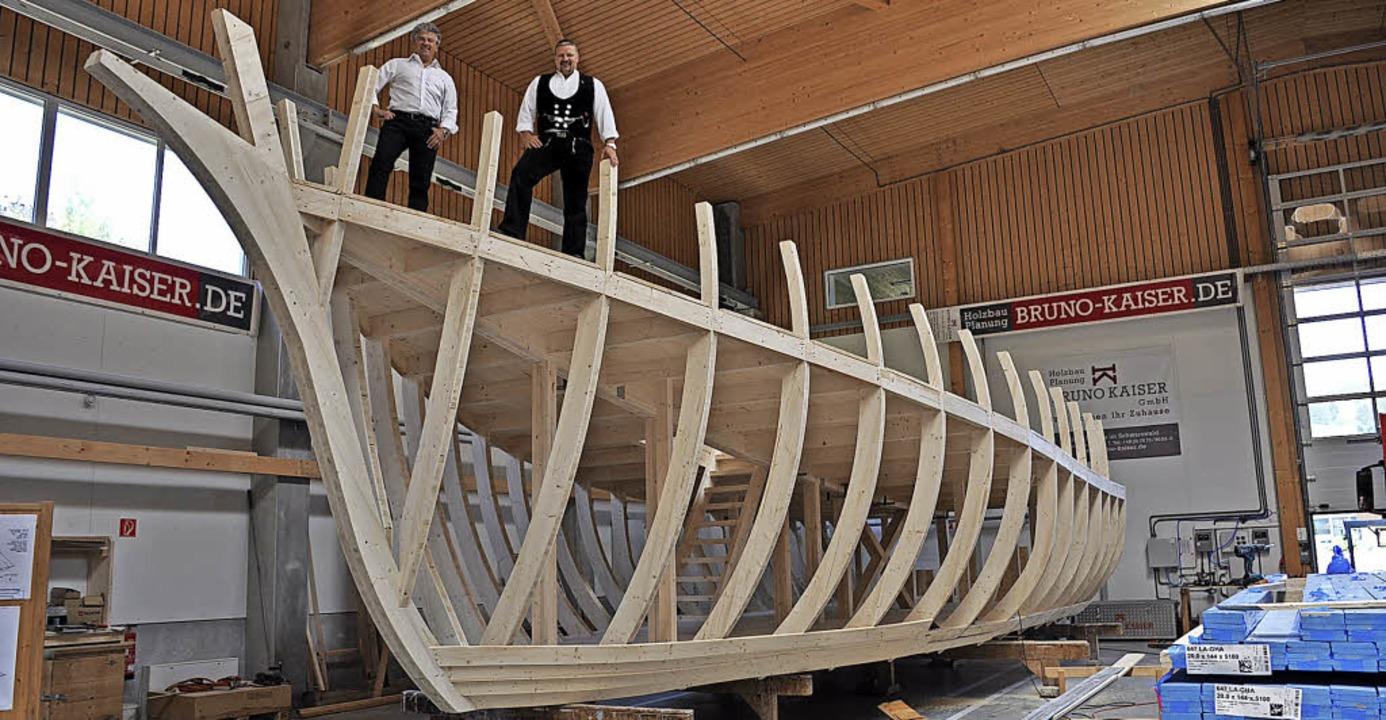 Die Schiffsbauer: Der Geschäftsführer ... Spitz und rechts Herbert Duttlinger.   | Foto: Ursula Ortlieb