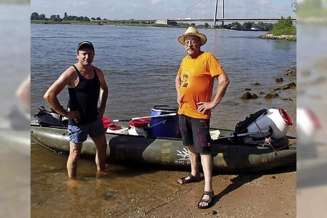 Im Gummiboot auf dem Rhein zum Meer