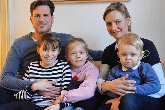 Wie sich der Alltag einer Freiburger Familie mit der Geburt eines gehörlosen Kindes verändert hat