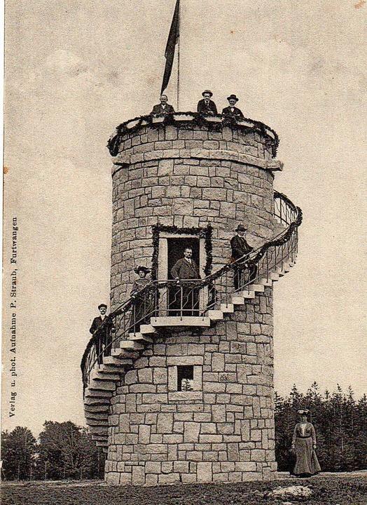 Einweihung des Brendturms, auch Julius...Der Neubau war ganz aus Granitsteinen.  | Foto: Archiv Hans-Jürgen Wehrle