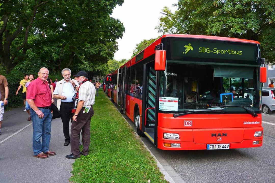 Zu den Heimspielen des SC Freiburg in ...n. Neu ist ein Bus aus Donaueschingen.    Foto: Südbadenbus