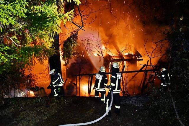 In Lahr haben schon wieder mehrere Gartenhütten gebrannt