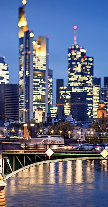 In Frankfurt ist die Nachfrage nach Büroräumen hoch.     Foto: DPA
