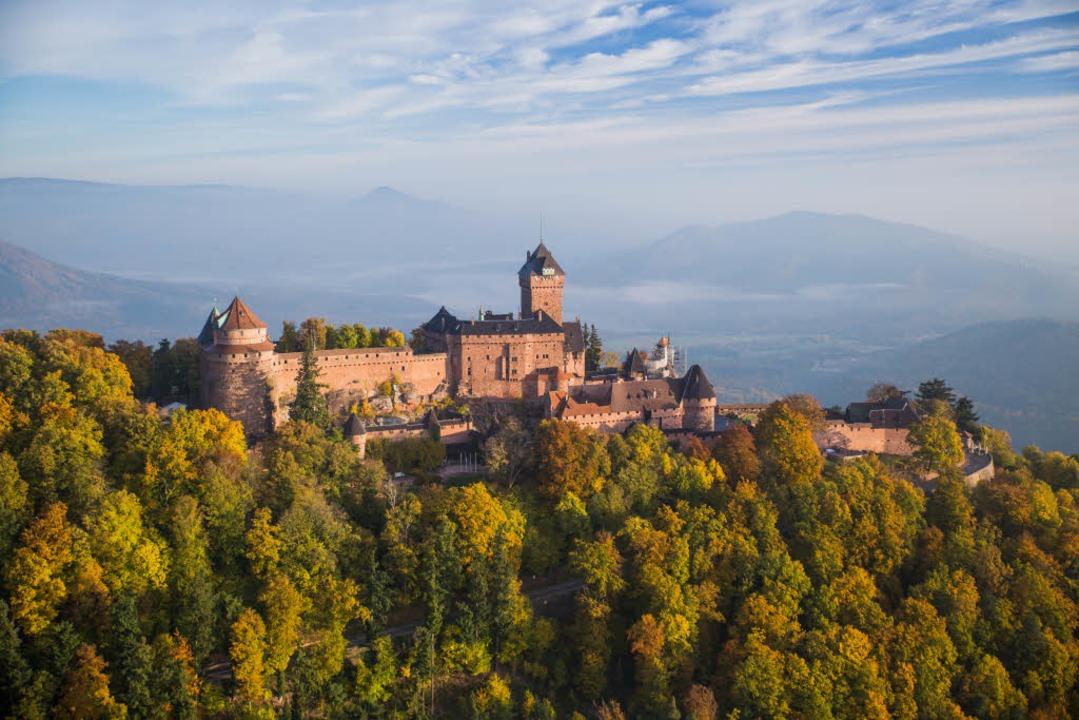 Die Hohkönigsburg bei Orschwiller im Elsass (Foto: Jonathan Sarago)  | Foto: Tristan Vuano