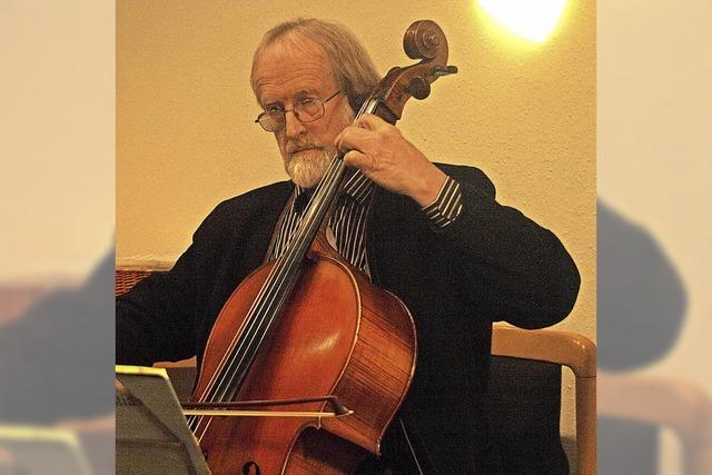 Martkmusik in Schopfheim. Martin Angell (Cello) und Stephan Kreutz (Orgel)