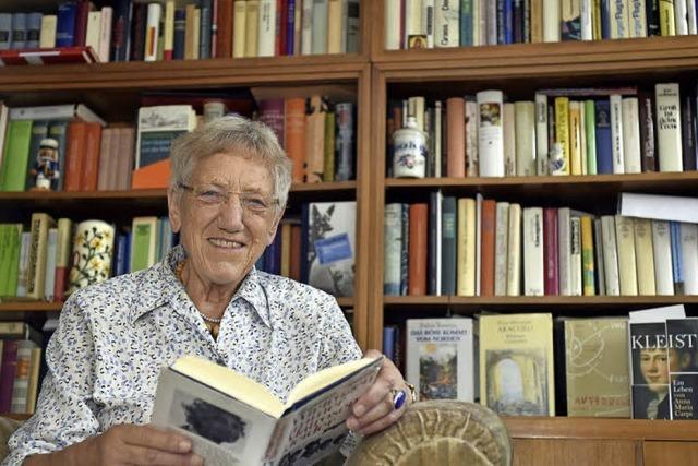 Ragni Maria Gschwend ist eine vielfach ausgezeichnere Übersetzerin aus Freiburg