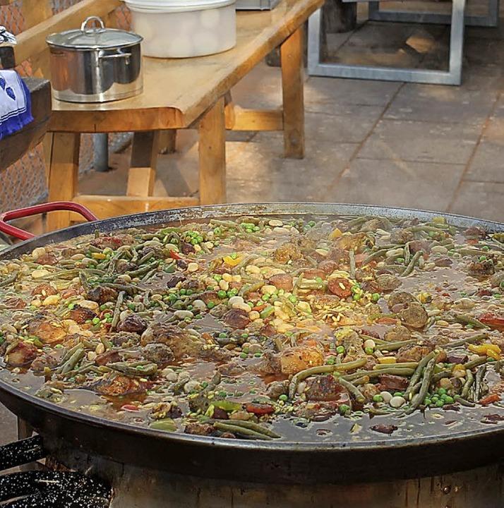 Eine von Michael Fischers Paella-Pfannen.     Foto: Hans Spengler