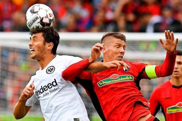 Auftaktniederlage: Freiburg verliert 0:2 gegen Frankfurt