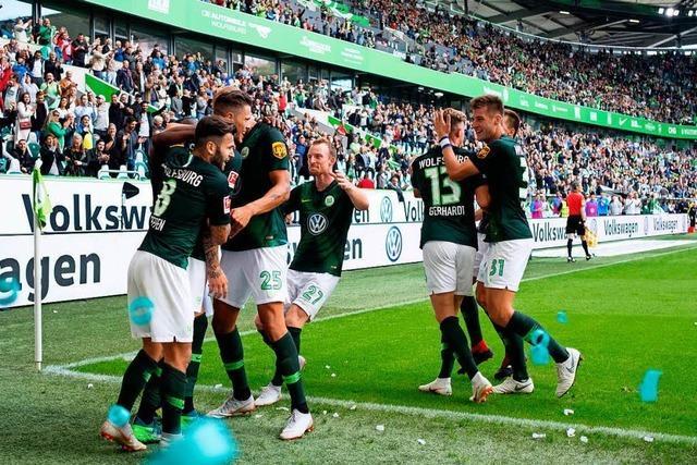Wolfsburg besiegt Schalke – Videobeweis sorgt für Diskussion