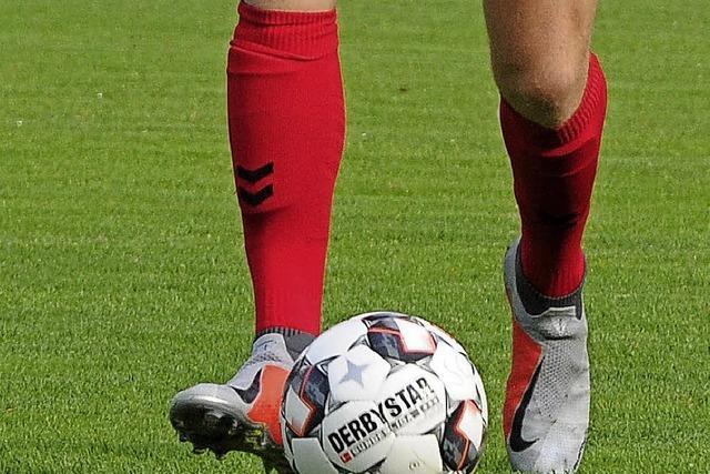 Profispieler des SC Freiburg treffen