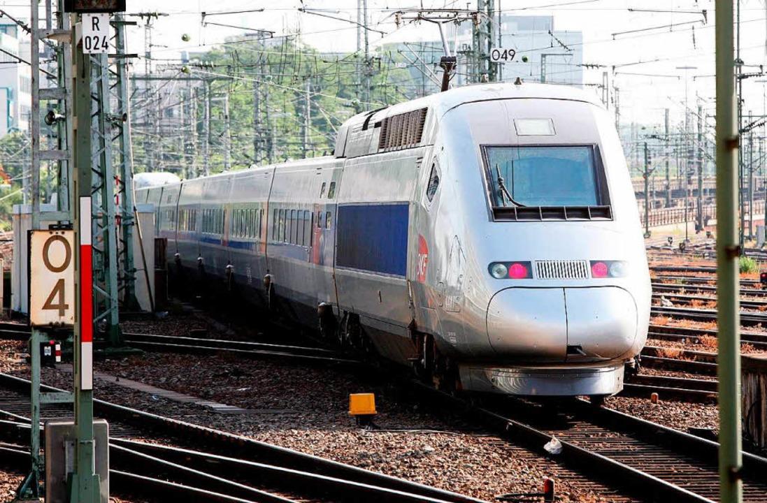 Der französische Hochgeschwindigkeitsz...er zur Premierenfahrt 2007 nach Paris.  | Foto: dpa