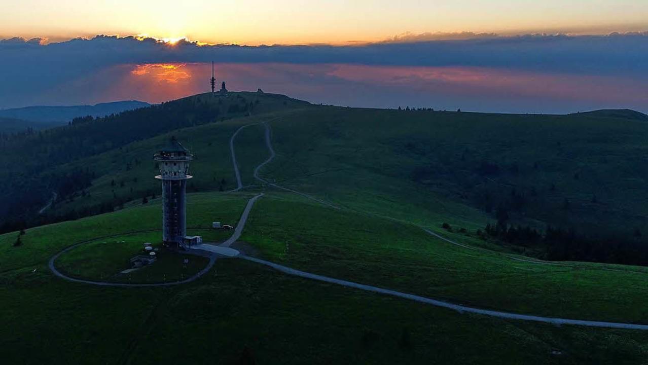 Sonnenuntergang am Höchsten - ein imposantes Farbenspiel.    Foto: Philippe Thines
