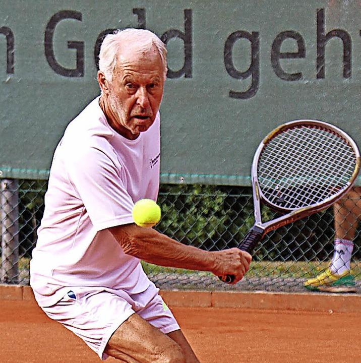 Winfried Koslik im  Finale der Männer 75 in Hinterzarten    Foto: Maurer