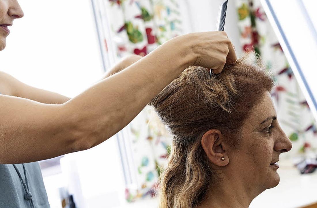 Die Frisur gehört zum Styling.    Foto: Ingrid Vielsack