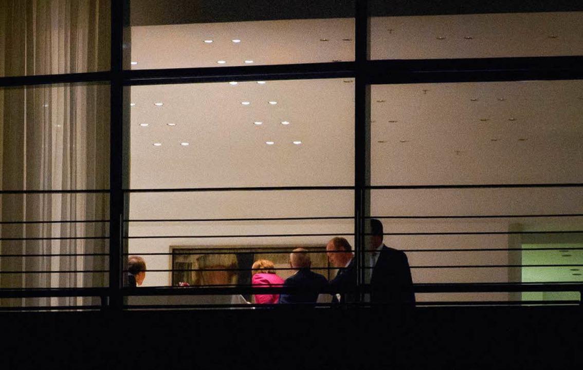 Am späten Dienstagabend einigten sich ...und SPD in Berlin auf ein Rentenpaket.  | Foto: dpa