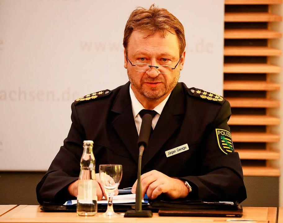 Sachsens Landespolizeipräsident Jürgen Georgie.  | Foto: AFP