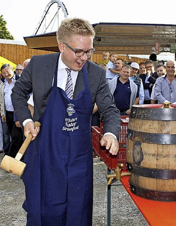 Bürgermeister Klare wird wie im Vorjahr das Fest mit dem Fassanstich eröffnen.   | Foto: Adelbert Mutz
