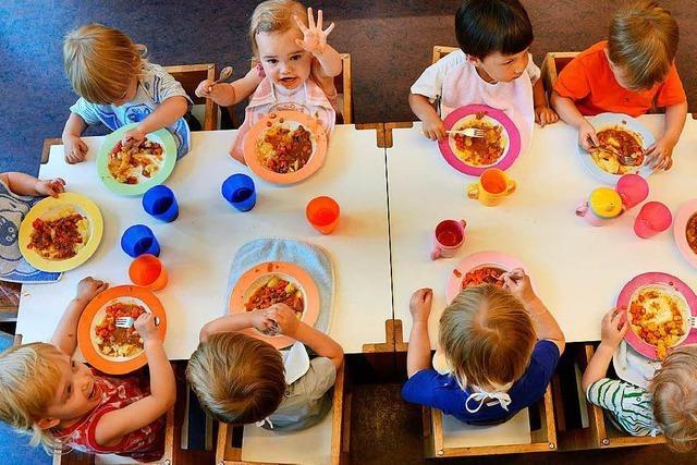 Freiburg befragt alle Kitas zum Catering – und vielleicht auch bald die Eltern