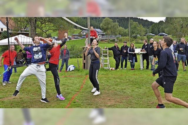 Volleyballturnier mit Party und Handwerkerhock im Titisee-Neustädter Ortsteil
