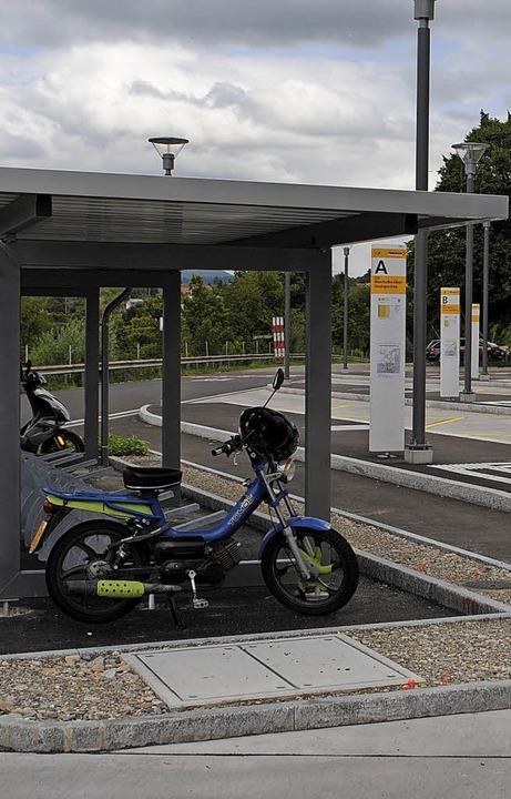 Der Vorplatz des Bahnhofs in Stein ist... Arbeiten am  Parkhaus verzögern sich.  | Foto: Archivfoto: Nadine Böni