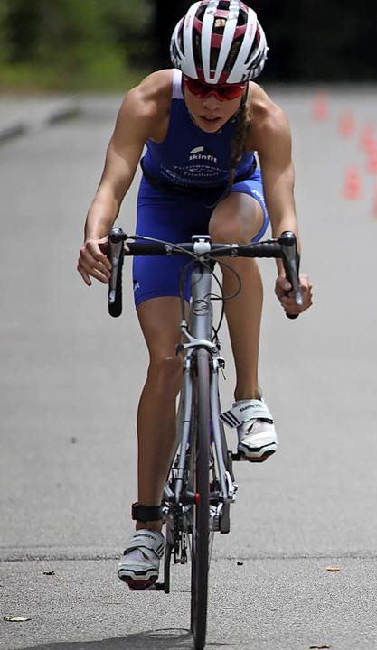 Ihre Stärken kommen nach dem Schwimmen...ller die Bestzeit auf der Radstrecke.   | Foto: archiv: Uwe Rogowski