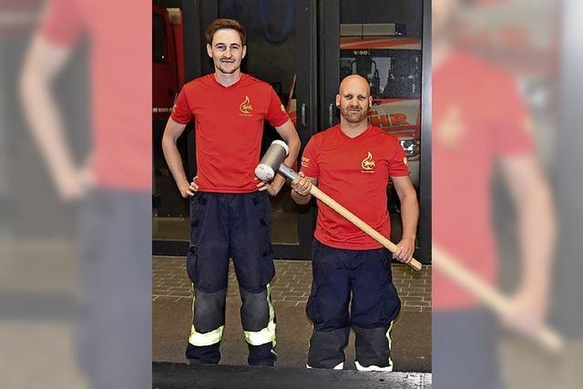 Firefighter machen sich klar für den Wettkampf
